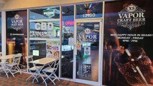 XS Bar & Lounge, 13160 Biscayne Blvd, Miami, FL 33181, United States
